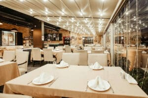 Finance & Accounting Outsourcing Solutions for the US Restaurant Industry - Banner Image