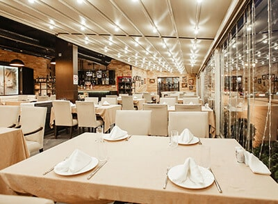 Finance & Accounting Outsourcing Solutions for the US Restaurant Industry - Slider Image